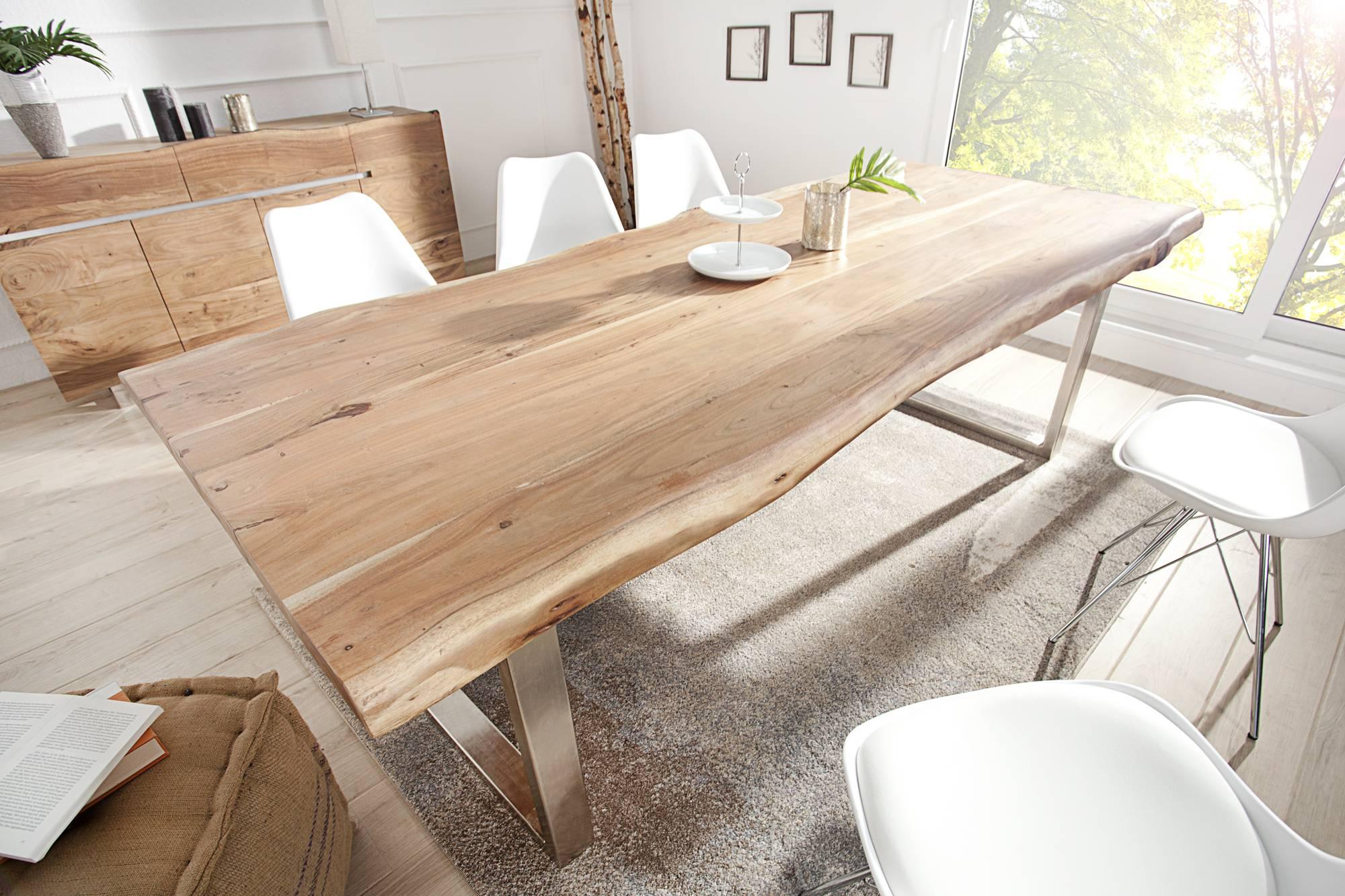 Luxusný jedálenský stôl z masívu Massive II New 200cm, moderná jedáleň
