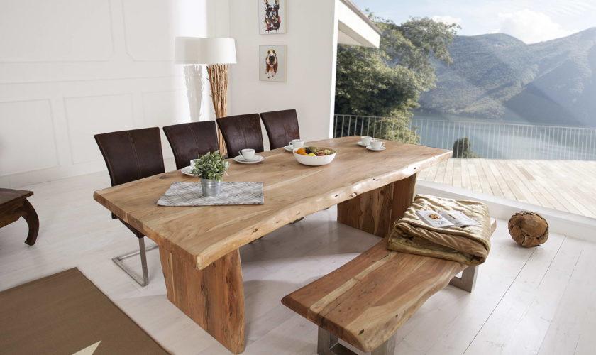 jedálenský stôl z masívu Massive