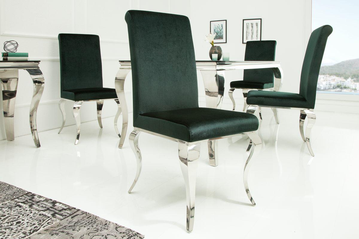 So stoličkou Rococo prinesiete do vášho obydlia nádych baroka. Krásne honosné kreslo s kvalitným zamatovým poťahom poskytuje komfortný pocit pri sedení. Poťah je príjemný na dotyk, jeho zelená farba harmonicky dopĺňa zaoblené nohy z leštenej nerezovej ocele.