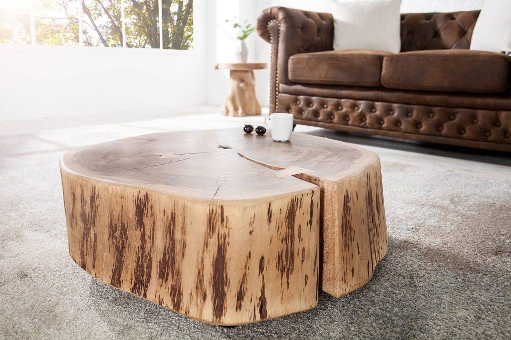 Unikátne spojenie: masívny konferenčný stolík Island zo vzácneho Agátového dreva sa dokáže univerzálne začleniť do Vašich obývačiek. Letokruhy a prirodzené tvary kmeňa stromu vytvárajú z tohto konferenčného stola skutočný unikát. Dôkladne vysušené a ekologicky voskované Agátové drevo predstavuje vzácnu a jedinečnú atmosféru.