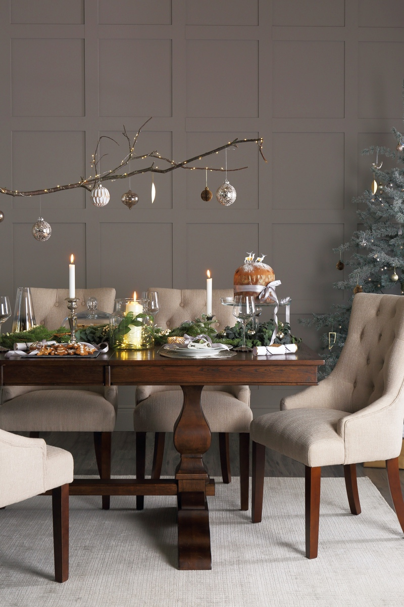 Jedálenský Vianočný stôl