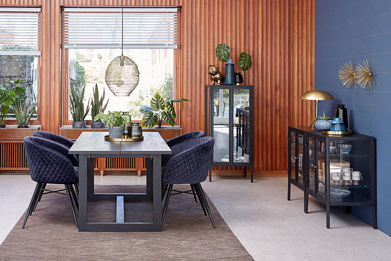 Jedálenský stôl Bily výber dizajnéra