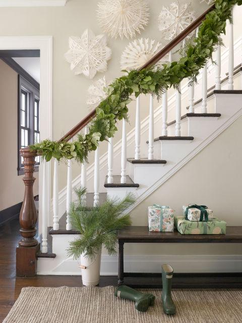Vianočné schodisko prírodné, Zdroj: DigsDigs