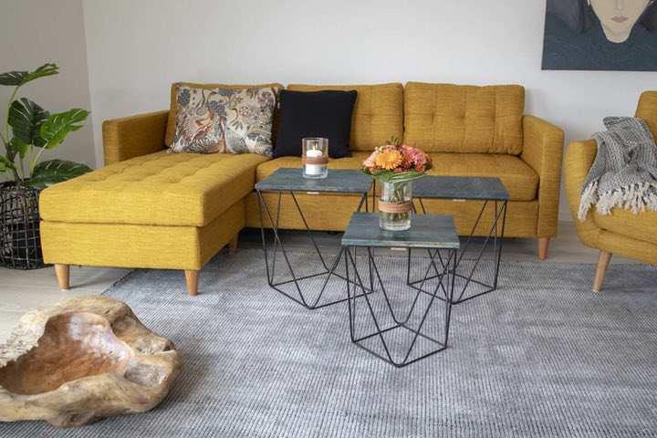 Dizajnová sedačka Brianna kari žltá
