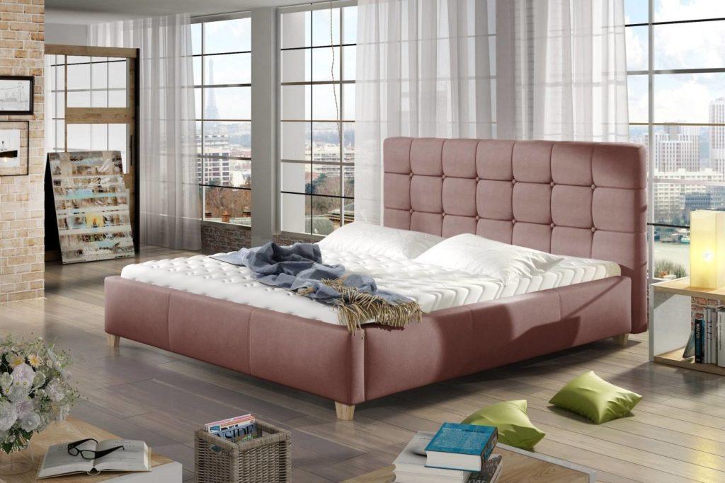 staroružová čalúnená manželská posteľ